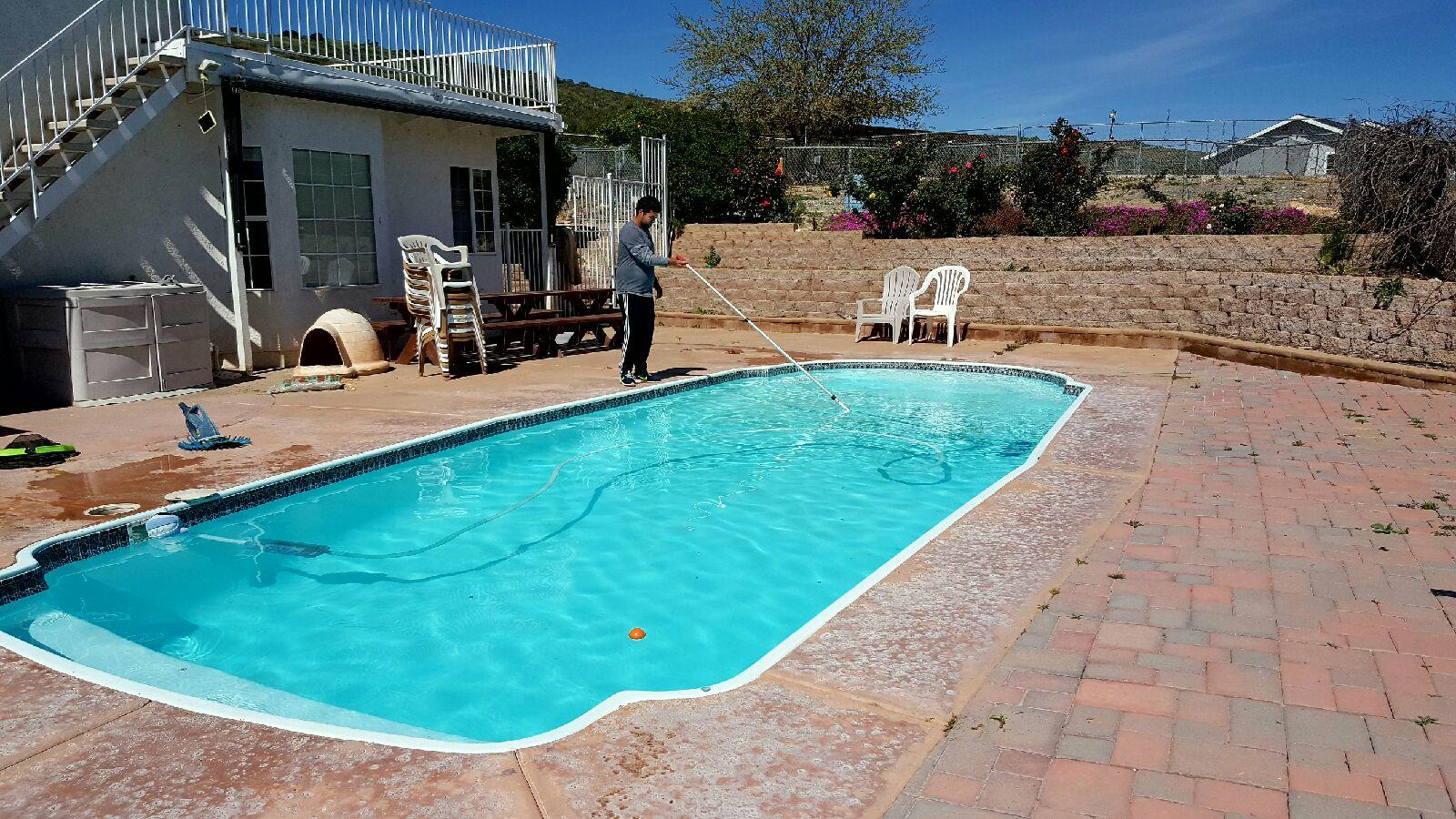 El Cajon Pool Services